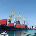 APD/ 5 anije tregtare në përpunim,  22 mijë t mallra dhe 410 konteinerë