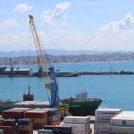 Porti sot/Katër anije në përpunim, në pritje dhe  5 anije të tjera 5 qershor 2020