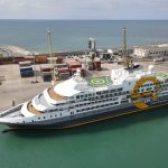 Kroçera eksploruese polare që u akostua sot në Portin e Durrësit/ 06 tetor 2021